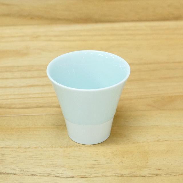 【和食器通販 金照堂】有田焼 藤巻製陶 富士カップ(青白磁)